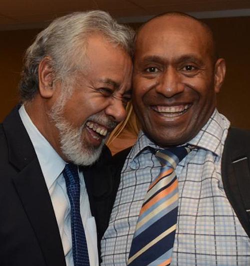 Okuk Mori Rogerson sharing a laugh with Timor Leste PM, Xanana Gusmao